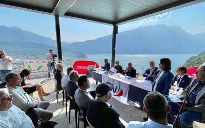 Torna in scena la grande vela olimpica sul Garda